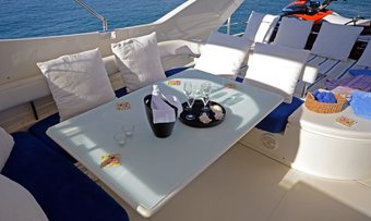 Andalus yacht charter lifestyle