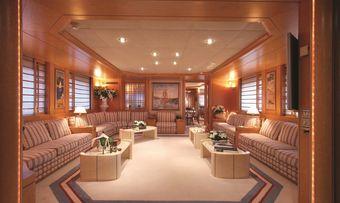 Bella Stella yacht charter lifestyle