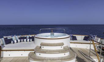 Calypso yacht charter lifestyle