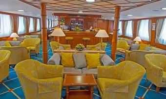 To Callisto yacht charter lifestyle