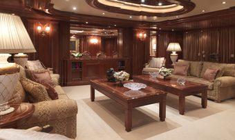 Apogee yacht charter lifestyle
