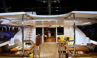 Blush yacht charter lifestyle