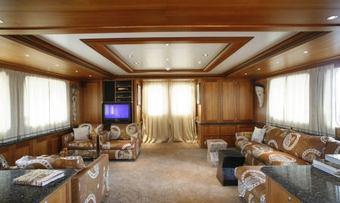 Dardanella yacht charter lifestyle