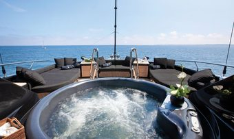 Griffin yacht charter lifestyle