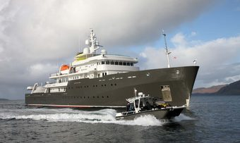 Yersin yacht charter Piriou Motor Yacht
