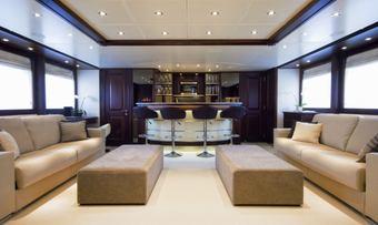 Accama yacht charter lifestyle