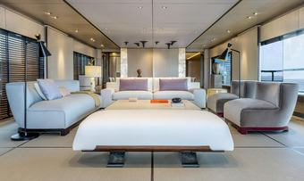 Endeavour 2 yacht charter lifestyle
