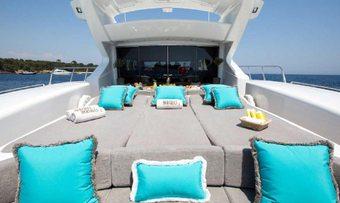 Hercules 1 yacht charter lifestyle