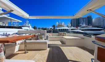 Bluocean yacht charter lifestyle