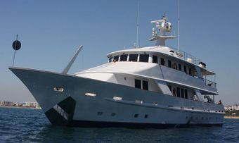 5 Fishes yacht charter lifestyle