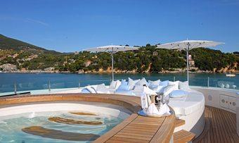 St David yacht charter lifestyle