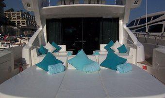 L Esperance yacht charter lifestyle