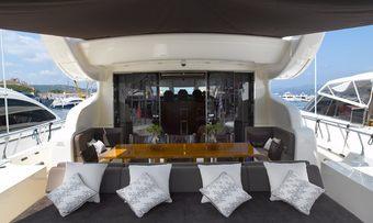 Eclat yacht charter lifestyle