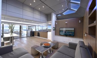 Blue Belly yacht charter lifestyle