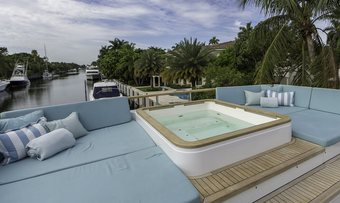 Cristobal yacht charter lifestyle
