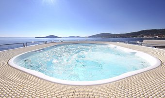 Artemy yacht charter lifestyle