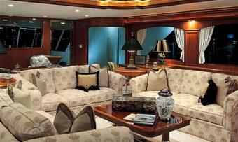 Attitude yacht charter lifestyle