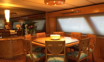 Suite Life yacht charter lifestyle