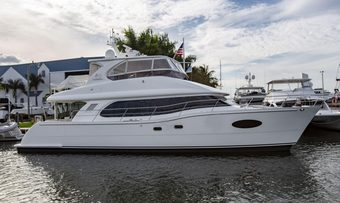 La Manguita yacht charter Horizon Motor Yacht