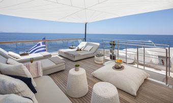 Dinaia yacht charter lifestyle