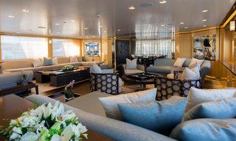 Taiba yacht charter lifestyle