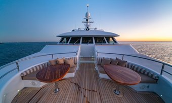 Alta yacht charter lifestyle