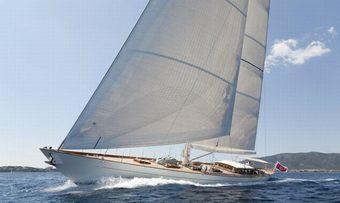 Aurelius 111 yacht charter Jacht Ontwikkelings Sail Yacht