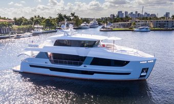 Day One yacht charter HSY Yachts Motor Yacht