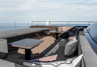 Otoctone 80 yacht charter lifestyle