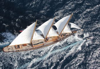 Creole yacht charter lifestyle