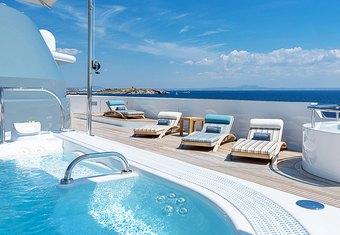 Boadicea yacht charter lifestyle
