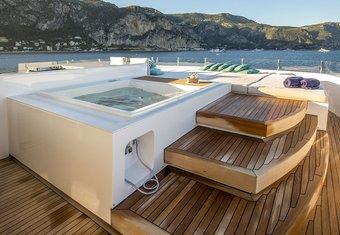 Petratara yacht charter lifestyle