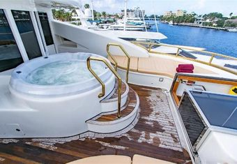 Cabernet yacht charter lifestyle