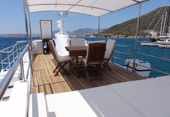 Black Pepper yacht charter lifestyle