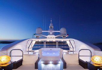 Lisa IV yacht charter lifestyle
