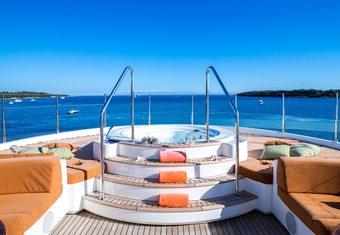 Avant Garde 2 yacht charter lifestyle