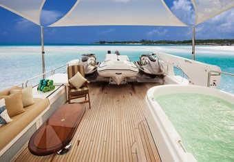 Second Love yacht charter lifestyle