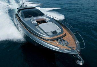 Lady F1 yacht charter lifestyle