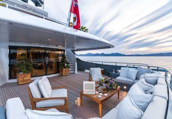 Legenda yacht charter lifestyle