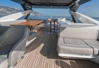Insomnia yacht charter lifestyle