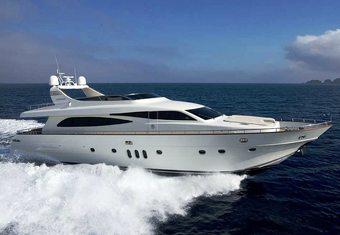Minou yacht charter lifestyle