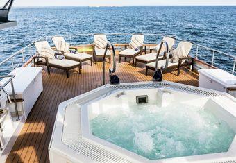 Stella Maris yacht charter lifestyle