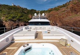 Jacozami yacht charter lifestyle