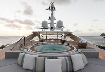 Laurentia yacht charter lifestyle