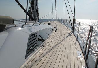 Alix yacht charter lifestyle