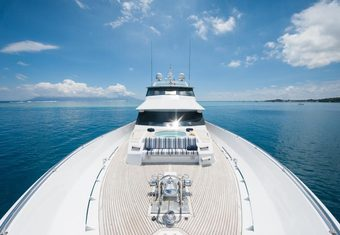 Dreamtime yacht charter lifestyle