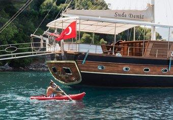 Sude Deniz yacht charter lifestyle