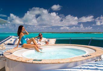 Lady Joy yacht charter lifestyle
