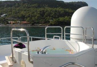Ladyship yacht charter lifestyle