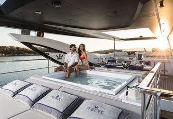 Hanaa yacht charter lifestyle